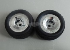 85938 Truggy Pre-mounted Tyres w/chromed rims